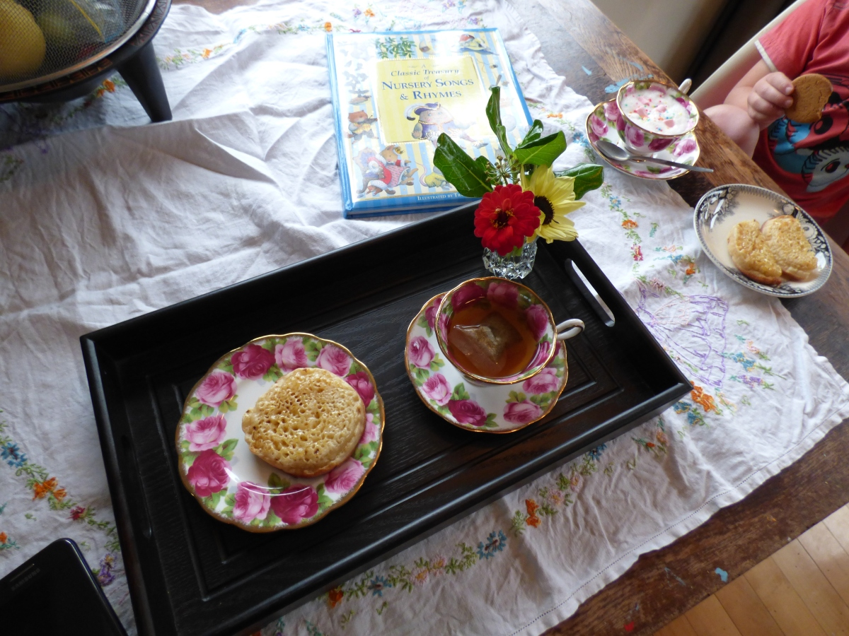 Poetry Teatime –  A cosy winter ritual