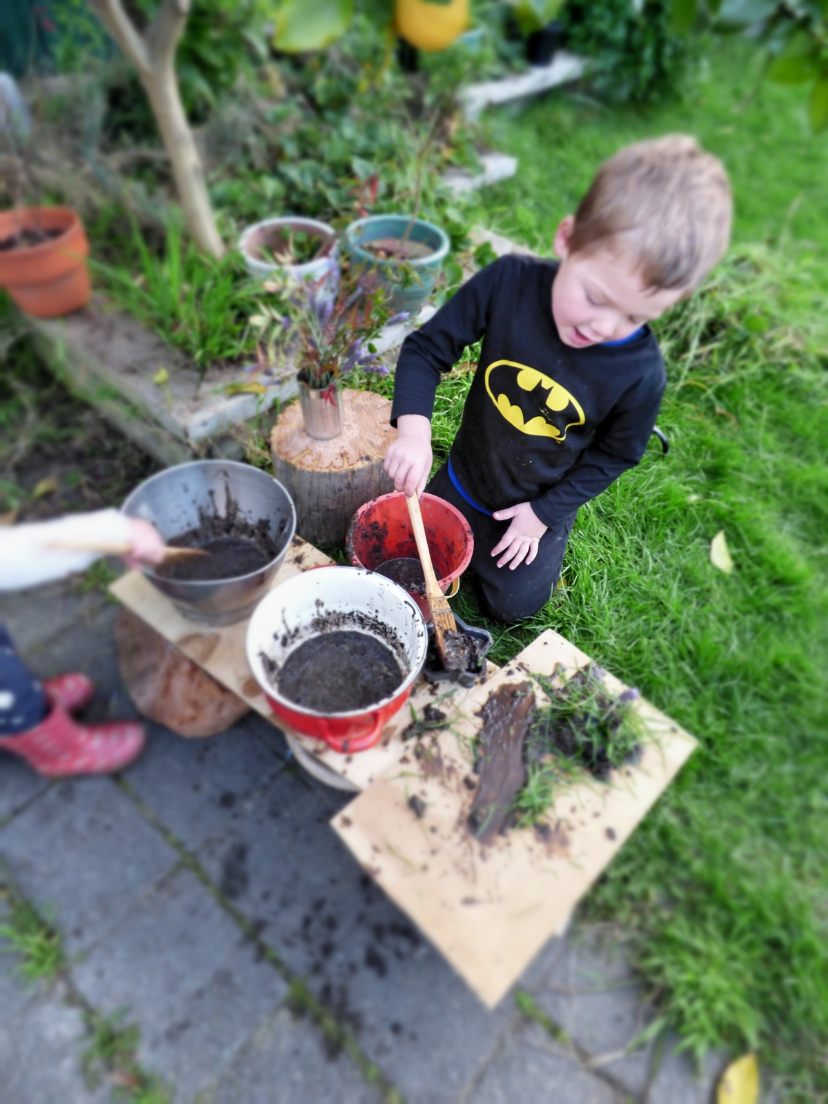 Mud, Mud and More Mud, DIY Mud Kitchen